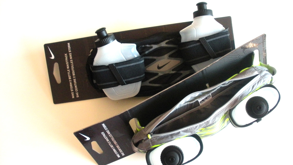 Cinturón riñonera con botellas para practica deportiva