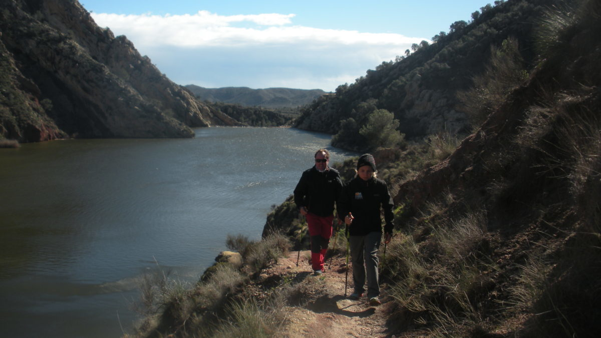 Marcha Nórdica Marcha nordica Pantano de Tibi senderismo nordic walking